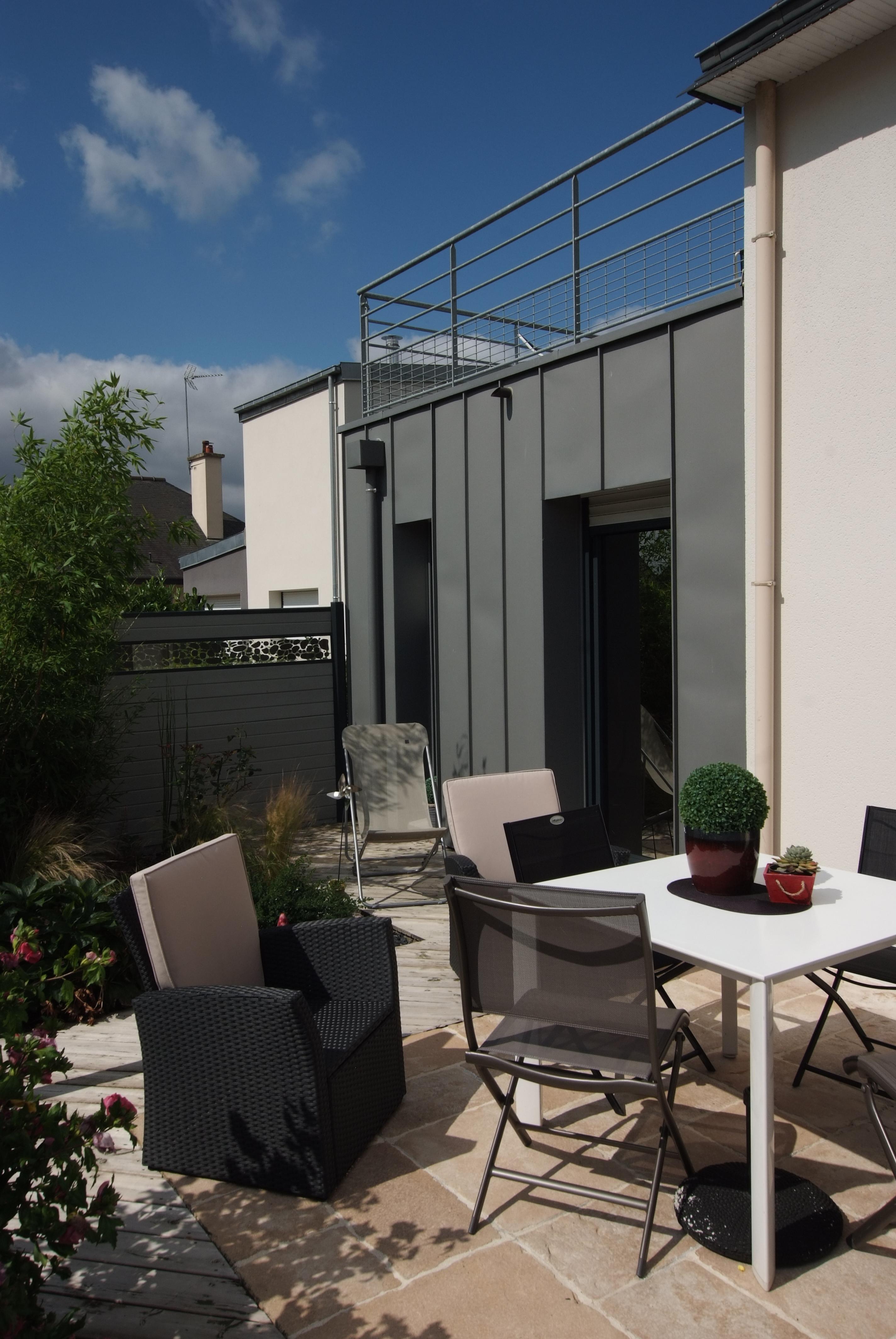 Extension et rajeunissement d une maison traditionnelle for Maison et construction